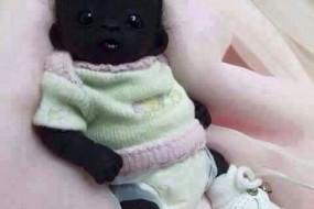 南非出生世界上最黑的孩子 是真是假都来感受下