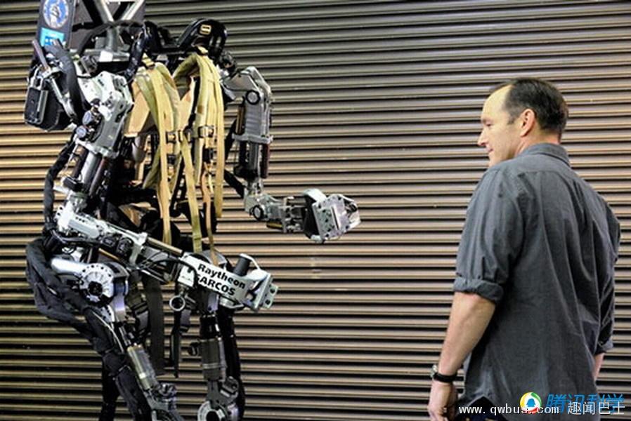 机械骨骼让你成为现实版钢铁侠