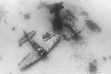 沉没150架战机的海底战机墓地被发现