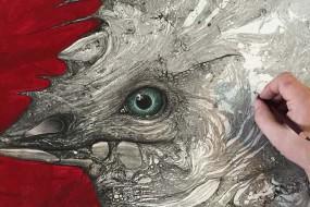 神奇!艺术家从泼墨痕迹找灵感创作精美画作