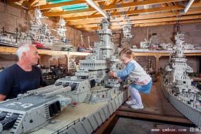 壮观!51岁乐高迷3年搭建7米战舰模型