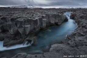 冰岛奇景犹如进入异境