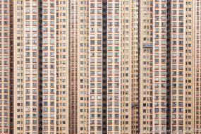 香港居民楼层层叠叠 如同抽象艺术画