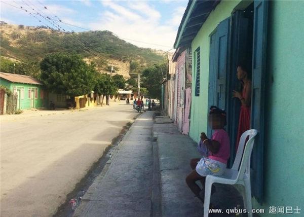 萨利纳什角岛上的人与外界隔绝