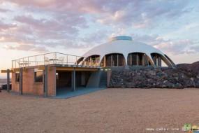 美沙漠豪宅形似宇宙飞船