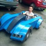 为了准点上课  大学生用淘宝货攒了一辆电动跑车