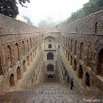 穿入地球——探印度神秘阶梯天井