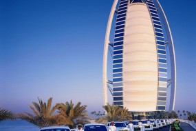 英记者探访迪拜帆船酒店 全球最奢华七星级酒店
