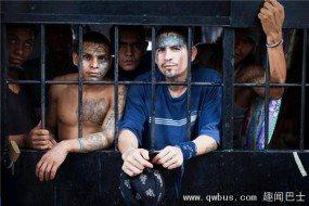 犯人自己统治的监狱 连警察都不敢进