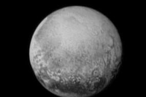 冥王星数据龟速传输 想看大片得等一年