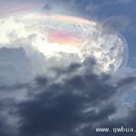 哥斯达黎加天空惊现奇景 似外星战舰降临