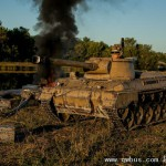 小伙用破自行车打造坦克歼击车