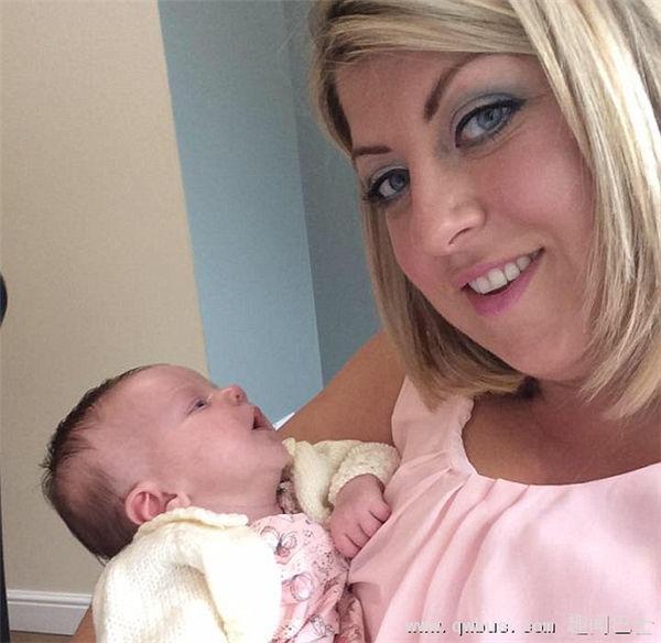 英母亲警告亲吻新生儿或使其患上致命唇疱疹-趣闻巴士