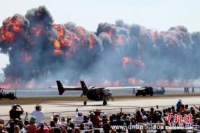 休斯敦航空展重现偷袭珍珠港