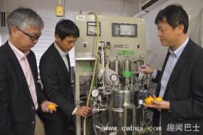 日本用烂橘子驱动拖拉机