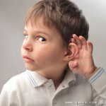 IT男连续加班后 耳朵只能听见女声