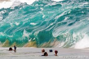 那些唯美震撼的海浪大片就是这样拍的