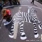 斑马线画大象老虎脚印 这么萌谁都想走