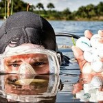 男子潜水打捞高尔夫球年赚百万美元
