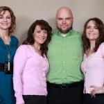美国神奇大家庭:三姐妹同嫁一夫生24个娃