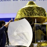 中国火星探测器模型首次亮相 2020年发射