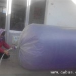 女子用大塑料袋灌天然气生火吓尿网友