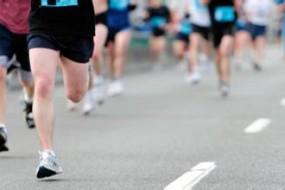 高中生酷爱喝碳酸饮料:跑步时悲剧了