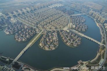 壮观!俯瞰江苏丹阳农民住宅区如水城威尼斯