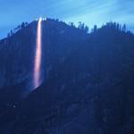 美国火瀑布如岩浆流淌  马尾瀑布奇观每年只几天可见
