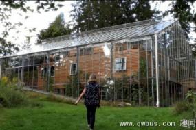 玻璃外罩装房子外边让瑞典这个家四季如春