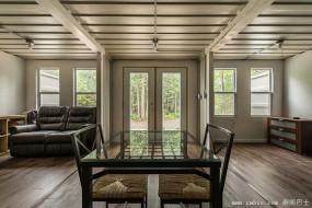 用集装箱打造森林小屋 加小伙20万搞定绿色住宅