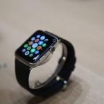 果粉戴Apple Watch 8个月后买了机械表