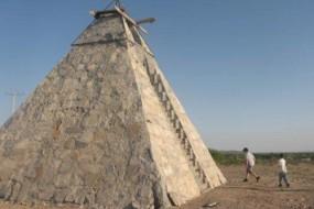 墨西哥人自建金字塔 称受猎户星座外星人指示