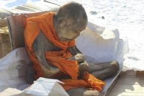 蒙古200年前高僧木乃伊 盘坐肉身不腐成谜