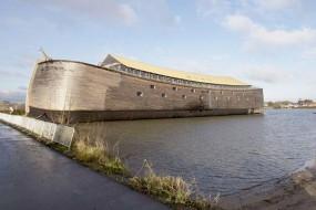 荷兰大叔花17年造诺亚方舟启航环游世界