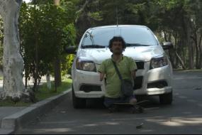 墨西哥无手无脚人成专车司机