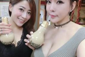 台湾灯泡奶茶走红 另类容器加美女店员吸引眼球