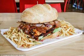 美餐厅推出超辣汉堡 试吃需签免责书