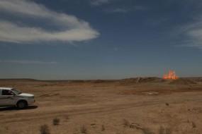 荒漠水坑中大火十年不熄 仿佛地狱之门