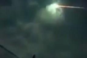 墨西哥夜空惊现大火球火球:巨响伴随强烈冲击波