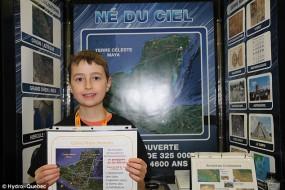 加15岁男孩从星象图发现森林中玛雅古城遗址