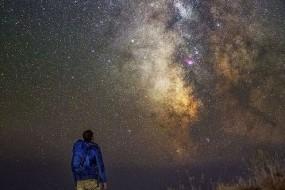 全球三成人口因光污染看不到银河