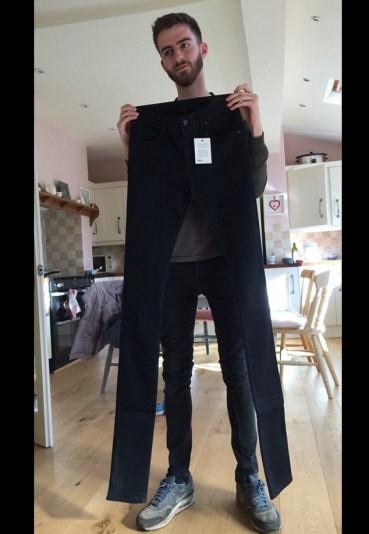 你在逗我吗?男子网购到超长仔裤店主称是新潮