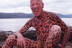 英国斯凯岛豹人隐居小岛20年