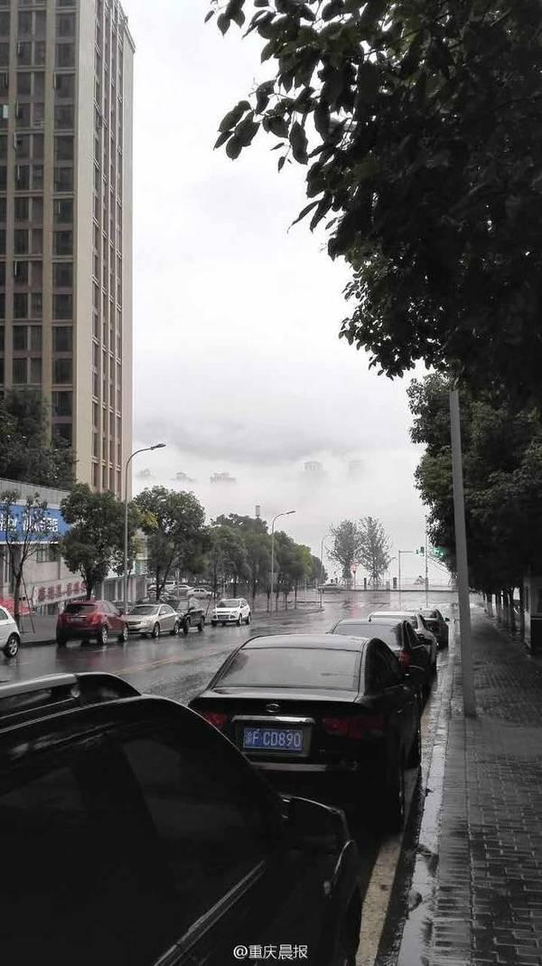 重庆万州江面雾中现空中阁楼 似海市蜃楼(图)-趣闻巴士