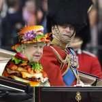 英国女王90岁生日庆典  伊丽莎白二世着装似电影特效绿屏