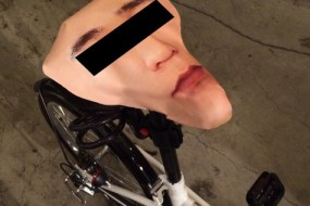 自行车屡被偷 他做了件事把贼都气哭了