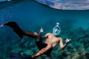 新型潜水面具包住脸部可自由呼吸