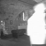 餐厅监控拍到诡异白影吓毛经理