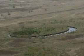 阿根廷神秘圆形小岛会旋转 形成奇特嵌套结构